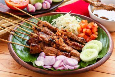 10 Makanan Khas Indonesia Paling Enak